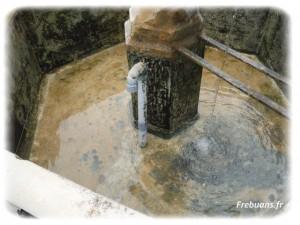 Le nettoyage des fontaines - Photo : Eric BIGORNE